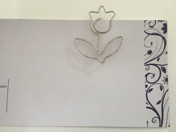 Grote metalen paperclip/boekenlegger Roos