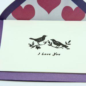 Wenskaartje kleurrijk met envelop I love you